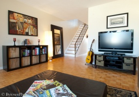 This property has been SOLD or RENTED.,3 Bedrooms Bedrooms,2 BathroomsBathrooms,Semi-Detached,Ashburn Drive,1010