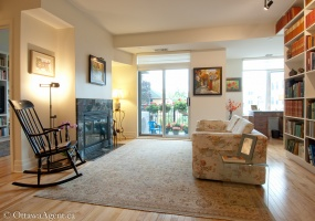 950 Marguerite Avenue,Ottawa,Ontario,2 Bedrooms Bedrooms,2 BathroomsBathrooms,Condo Apartment,River Court Lofts,Marguerite,211,1008